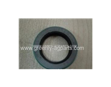 Case-IH chain drive gathering oil seal 381721R91